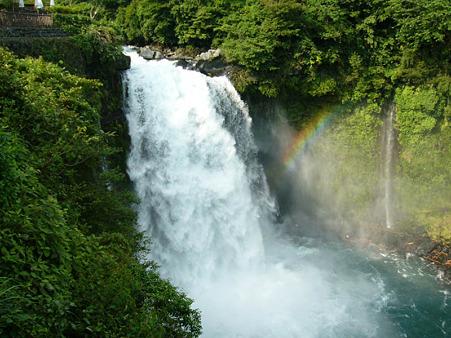 音止めの滝 2004.6.23-1