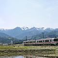 「飯田線秘境駅巡り」号、荒田カーブにて。