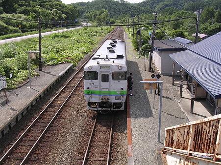 上厚内駅ホーム1