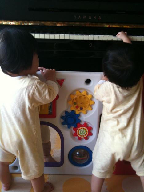 朝からピアノの練習