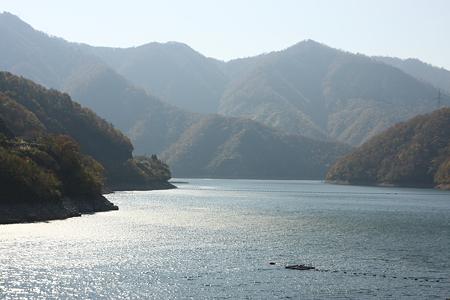 九頭竜ダム湖