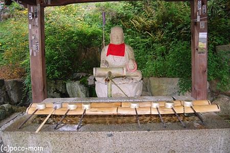 壷阪寺手水舎2012年05月04日_DSC_2347