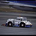 航空機を支えるGSE