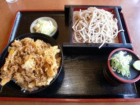 そば順 小樽店 Bランチ(かき揚げ丼+そば)