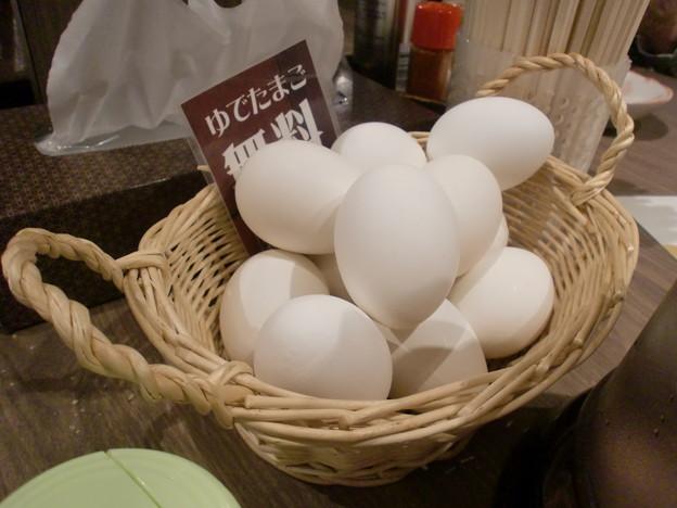 Photos: 白樺山荘 らーめん共和国店 サービスゆで卵