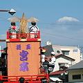 浮かぶ富士