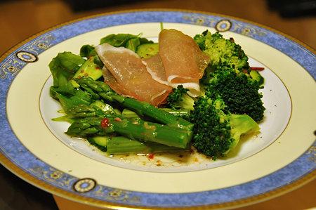 ブロッコリーとアスパラのサラダ