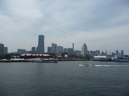 090602-大桟橋からMM21 (3)