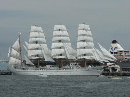 090720-大桟橋 総帆展帆 (47)