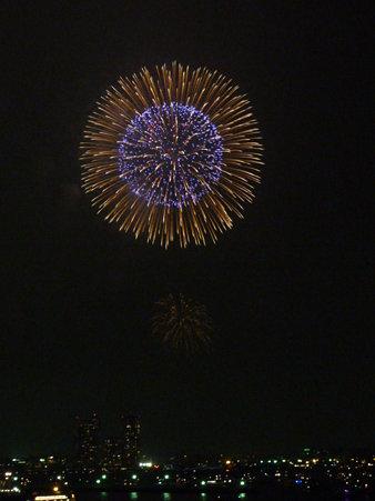 090801-大桟橋 花火 (137)