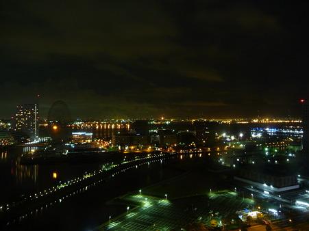 090810-ホテルから赤レンガ望遠(夜)
