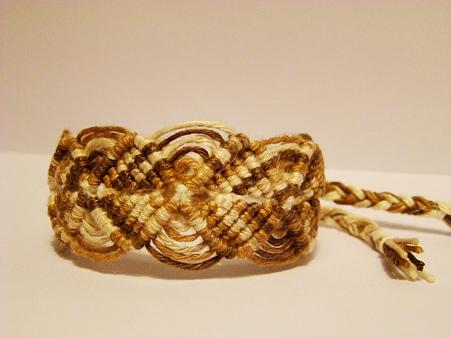 巻き結びブレス