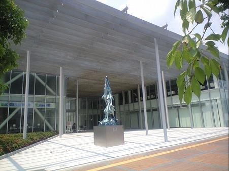 東工大蔵前会館 (Tokyo Tech Front) 入口