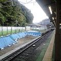 写真: 京王多摩動物公園駅 1番線側降車ホーム