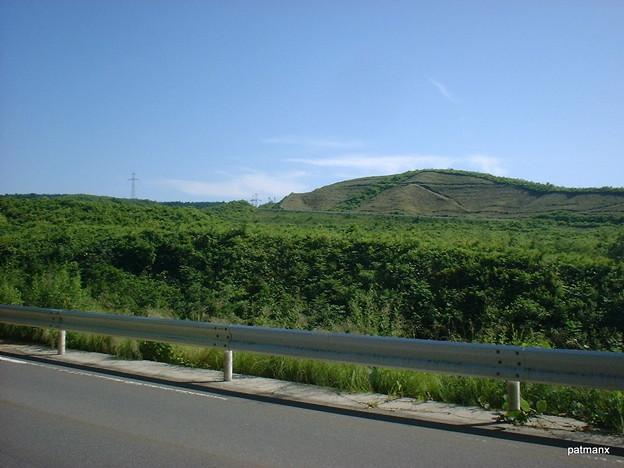 【北部上北広域農道】県道5号を右折し広域農道を眺める