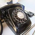 Photos: 懐かしい黒電話