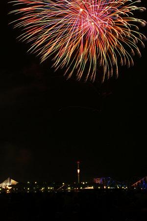 海の公園で花火!(090822)