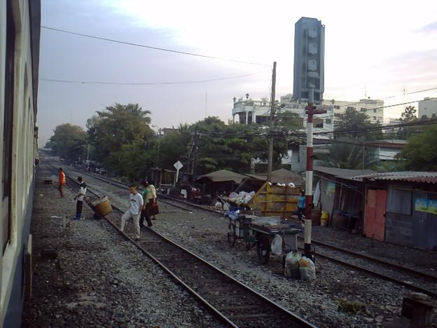 Photos: 【タイ】ひまわり列車|Sunflower Train 2008 [04]|バンコク近郊