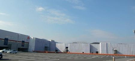 鹿島町計画(仮称) 2011年春開業予定で建設中-221220-2