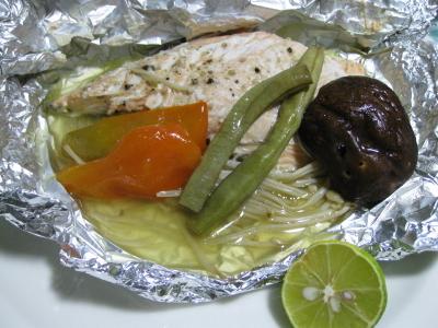 メインは秋鮭のホイル焼きで「やさし」を消化