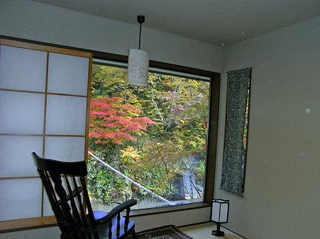 妙の湯部屋窓1