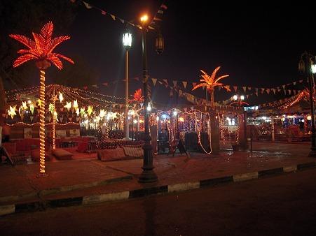 シャルム・ッシェーフのオールドマーケットの夜